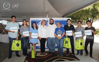 Premia la UAT a Jóvenes Escritores