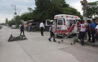 Dos Heridos al Chocar en una Moto