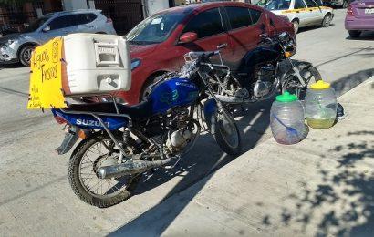Tumban a Motociclista en la Colonia Miguel Alemán