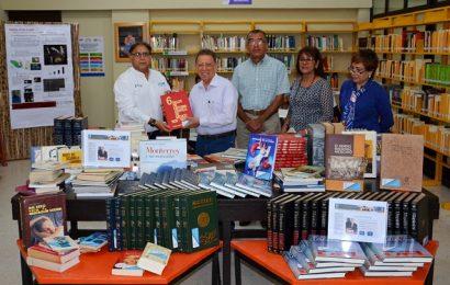 Entrega Leal Guerra Donación de Libros al Tec Mante