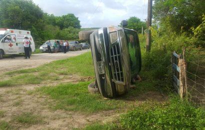 Muere Aplastado por su Propia Camioneta