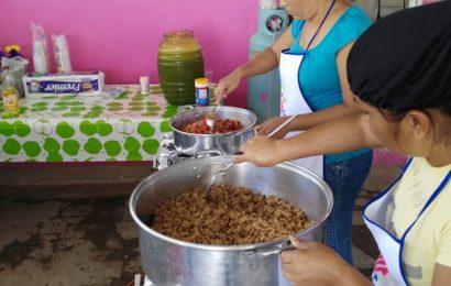 Lleva DIF Municipal Capacitación-Taller a Comités de Desayunos Escolares