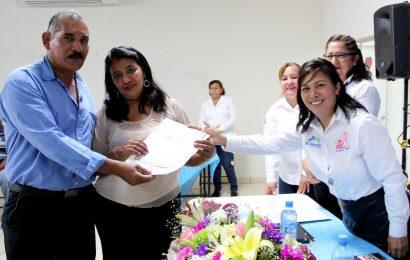 Celebra DIF Campaña de Matrimonios Colectivos