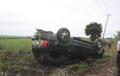 Maromea Camioneta en el Libramiento Poniente de Cd. Mante; Hay Una Lesionada
