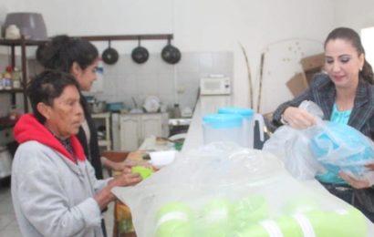Dota Noemy González de Material a Cocina Comunitaria
