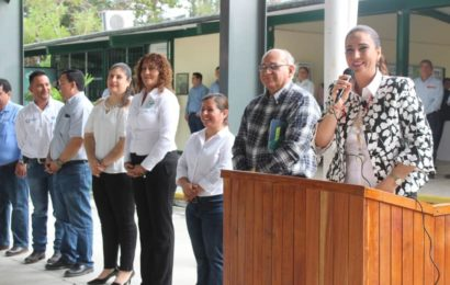 Alcaldesa Noemy Da Total Respaldo a la Educación