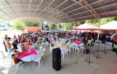 Participa Alcaldesa en Festejos por Aniversario del Ejido El Conejo
