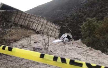 Muere Trailero al Dormitar y Chocar Contra la Sierra