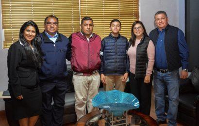 Gobierno municipal apoya a talentos mantenses