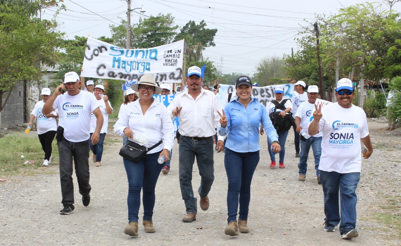 Sonia Mayorga Suma Mayorías tras Visita a colonias Campesina y Burocráticas