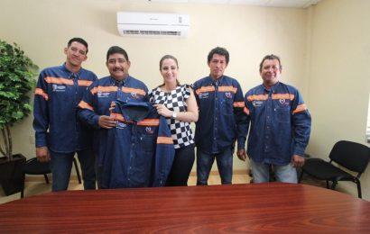 Gobierno de Xicoténcatl Dota de Uniformes a Personal de Servicios Generales