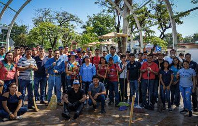 Síndicos, regidores y jóvenes del CBTIS 15 continúan labores de limpieza