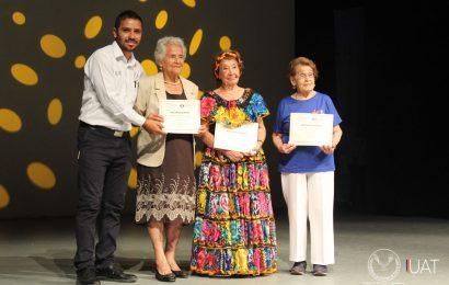 Festeja UAT a los abuelitos universitarios en el Campus Sur
