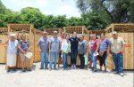 Equipa Municipio con Letrinas a Familias de Zonas Rurales