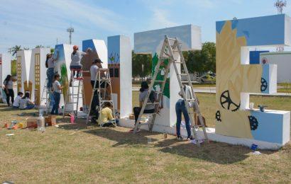 Adornan Letras Monumentales para Recibir a Visitantes en Semana Santa