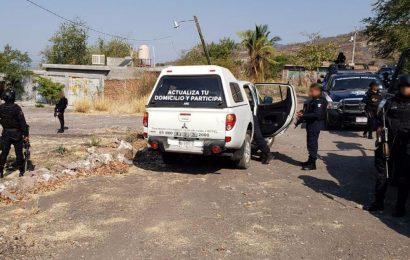 Roban Dos Camionetas del INE en Apatzingán