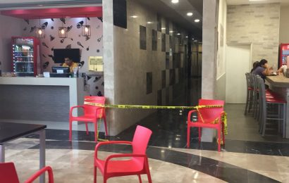 Sujeto se Ahorca Dentro de Centro Comercial
