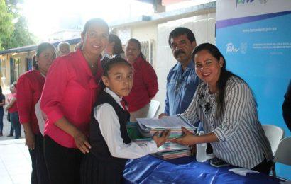 Gobierno Municipal y Autoridades Inauguran Ciclo Escolar 2018-2019