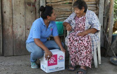 Reciben Familias en Vulnerabilidad Apoyos de la Canasta Básica Familiar