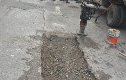 Gobierno de El Mante da Mantenimiento a Caminos.