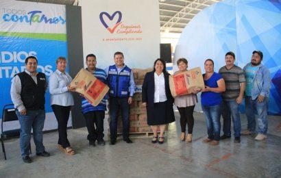 Entrega Gobierno de Tamaulipas beneficios a familias de Xicoténcatl