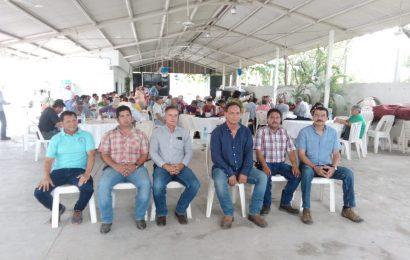 Se reúne productores previo a informar sobre cierre de zafra en la CNPR de Loma Alta
