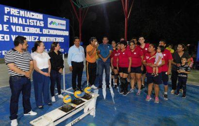 Gobierno de El Mante Presente en Premiación de Torneo de Voleibol