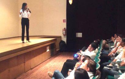 Ofrecen capacitación sobre el Nuevo Modelo Educativo a docentes del sur de la entidad