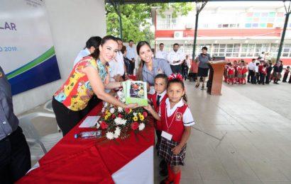 Encabeza Noemy González Arranque de Ciclo Escolar