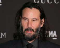 Keanu Reeves ya está en Berlín para volver al rodaje de «Matrix 4»